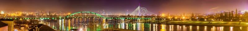 Panorama di Belgrado sopra il fiume Sava immagini stock libere da diritti