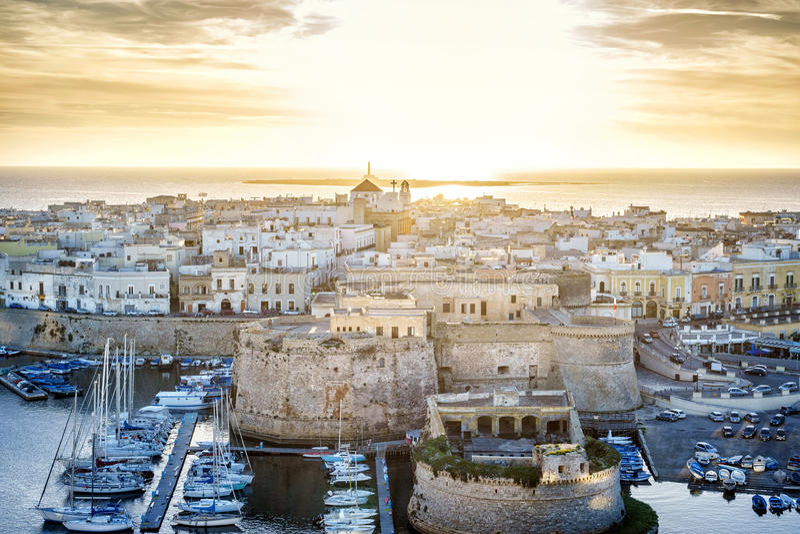 Panorama di bello Gallipoli, Puglia, Italia immagine stock