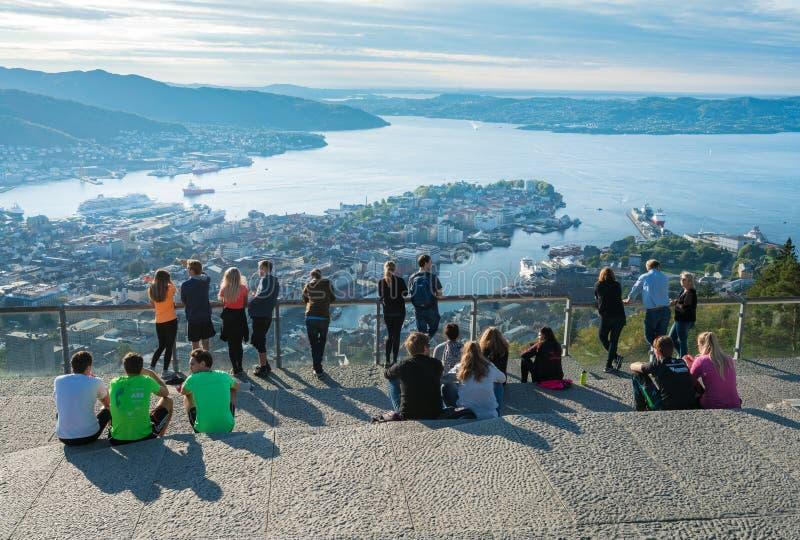 Panorama di Bergen dalla montagna di Floyen immagini stock