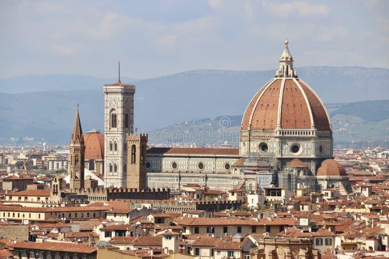 Panorama di Firenze, dell'Italia, della cattedrale e della città in Toscana immagini stock