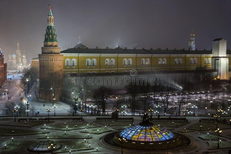 Panorama di notte del quadrato di Manege fotografie stock