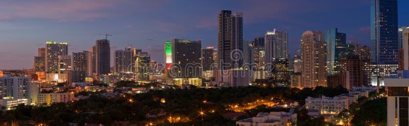 Panorama di notte di Miami fotografie stock libere da diritti