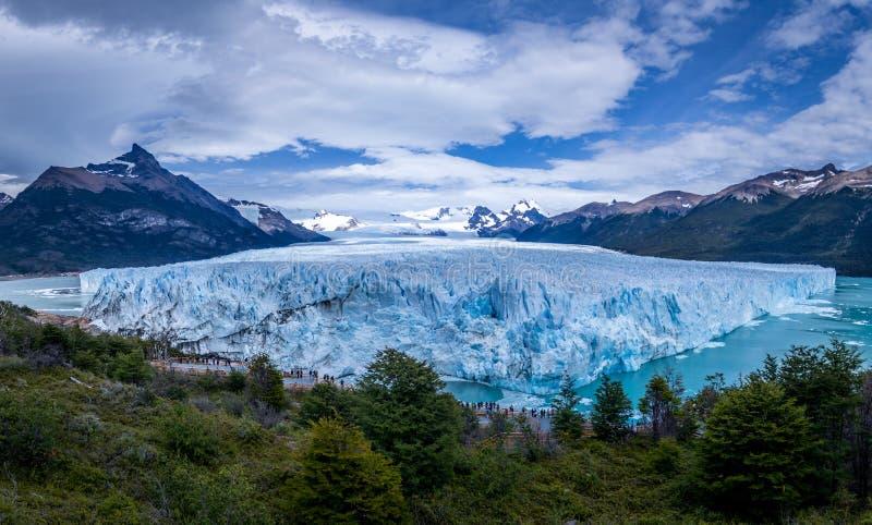 Panorama di Perito Moreno Glacier nella Patagonia - EL Calafate, Argentina fotografia stock libera da diritti