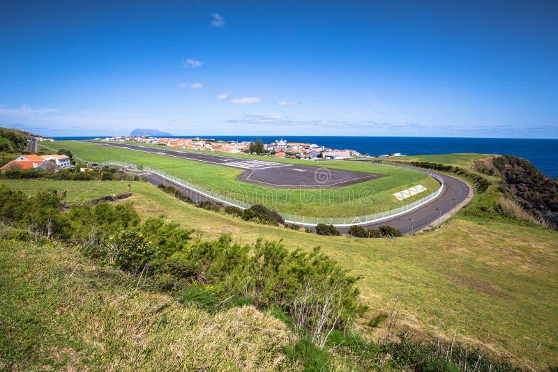 Panorama di Santa Cruz sull'isola del Flores Azzorre Portogallo fotografia stock