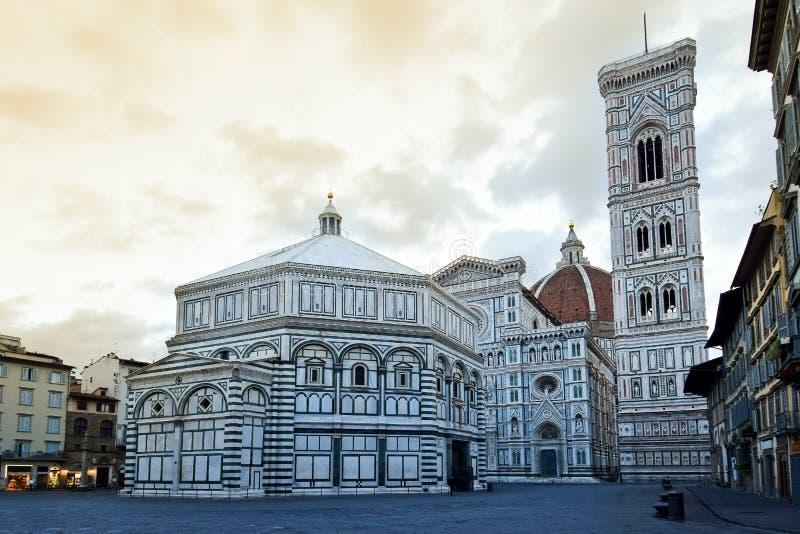 Panorama di Santa Maria del Fiore a Firenze fotografie stock libere da diritti