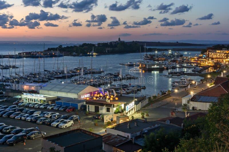 Panorama di stupore di porto di Sozopol, regione di Burgas, Bulgaria di notte immagine stock libera da diritti