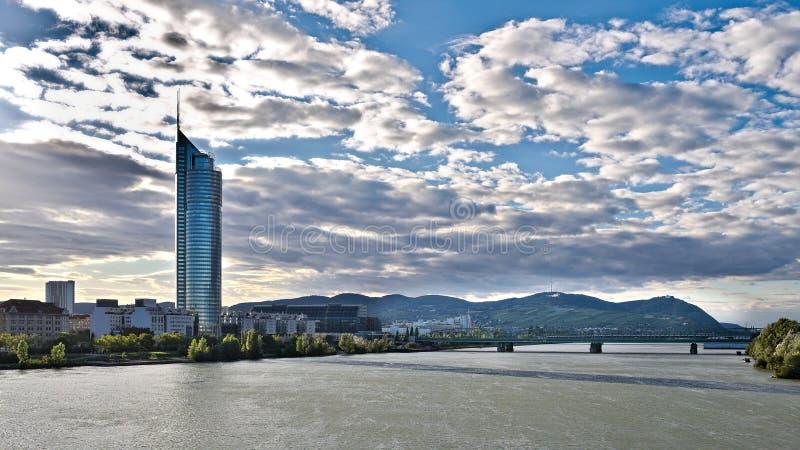 Panorama di Vienna Danubio fotografia stock
