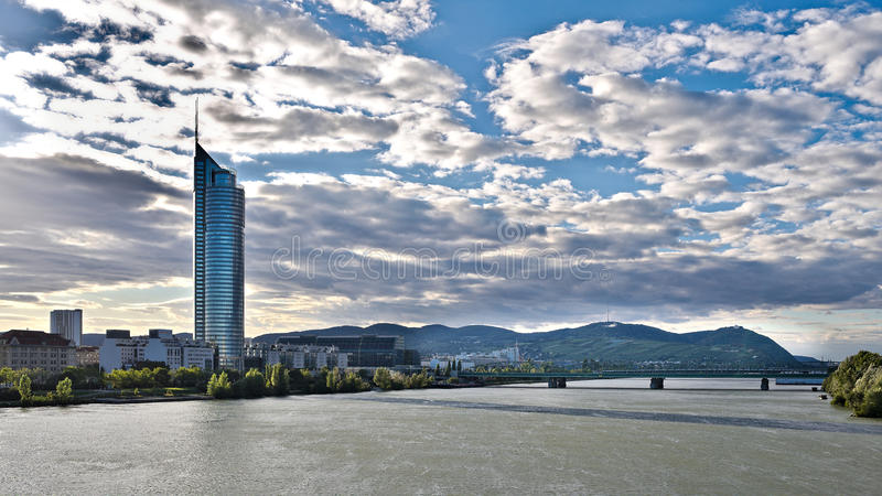Panorama di Vienna Danubio fotografie stock