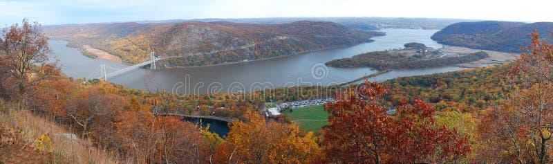 Panorama di vista aerea della montagna di autunno fotografia stock libera da diritti