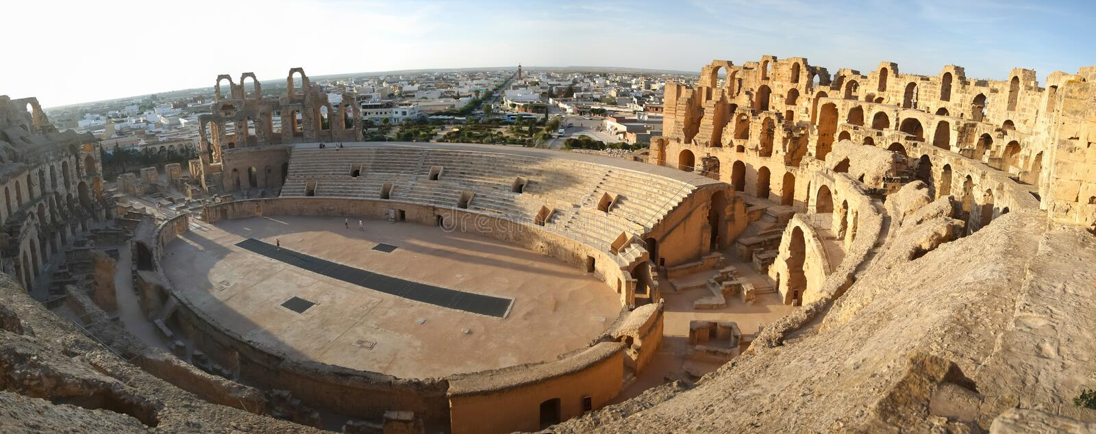 Panorama do Amphitheatre do EL Djem fotos de stock royalty free