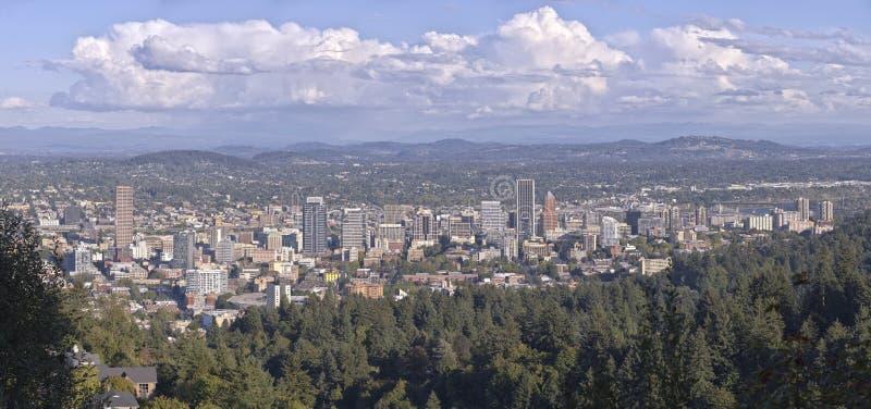 Panorama do centro de Portland Oregon da mansão de Pittock imagem de stock