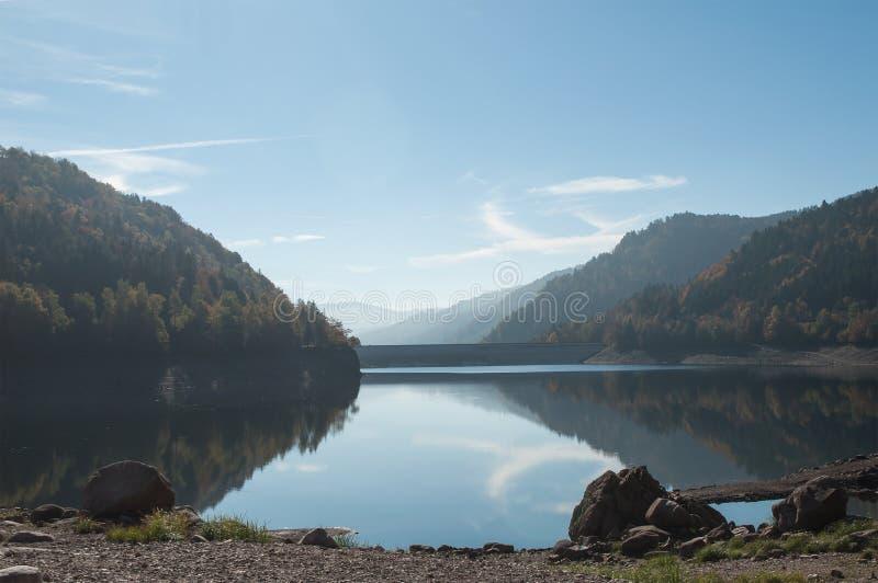 Panorama do lago alsatian de Kruth fotos de stock royalty free