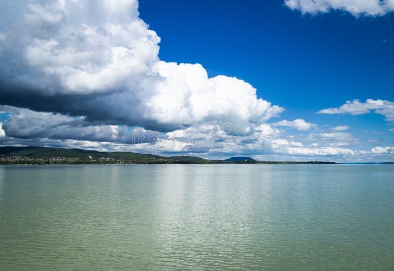 Panorama do lago Balaton imagem de stock