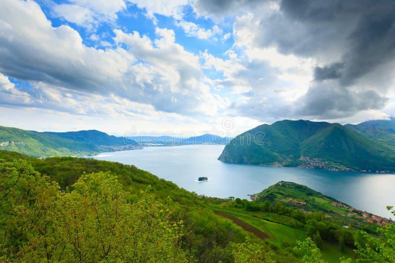 Panorama do lago de fotografia de stock