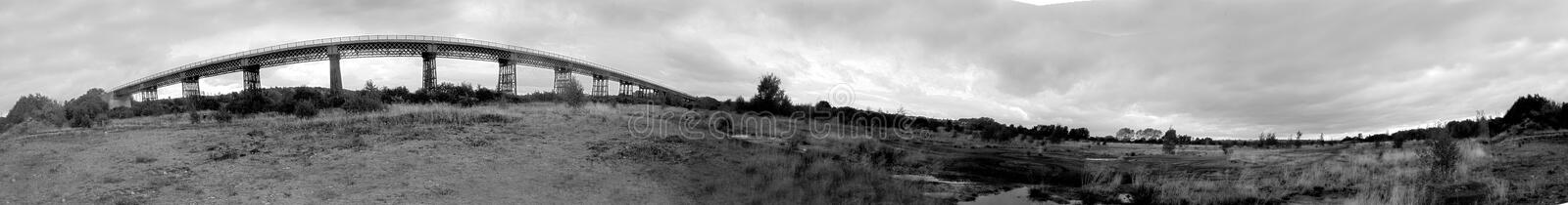 Panorama do Monochrome do viaduto de Bennerley fotografia de stock royalty free
