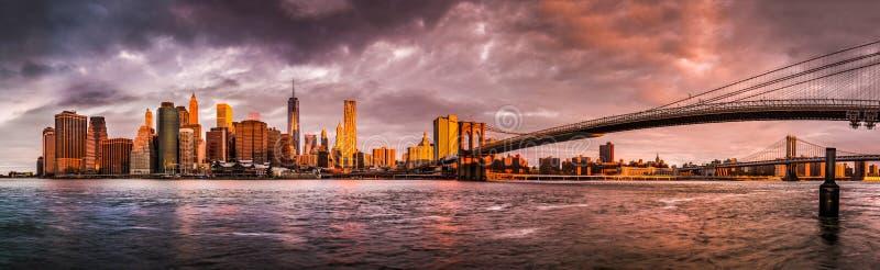 Panorama do nascer do sol de New York imagens de stock royalty free