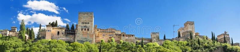 Panorama do palácio famoso de Alhambra em Granada, Espanha imagens de stock