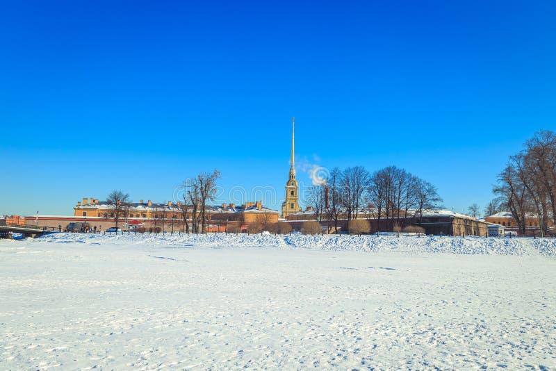 Panorama do Peter e do Paul Fortress em St Petersburg fotografia de stock royalty free
