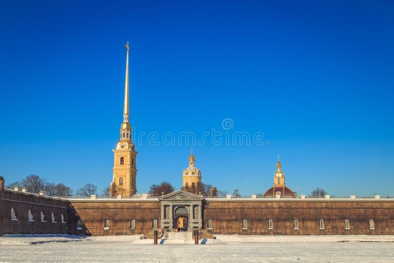 Panorama do Peter e do Paul Fortress em St Petersburg fotografia de stock