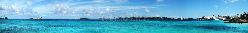 Panorama do porto de Nassau