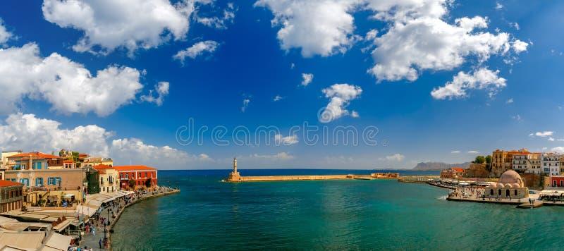 Panorama do porto velho, Chania, Creta, Grécia fotografia de stock