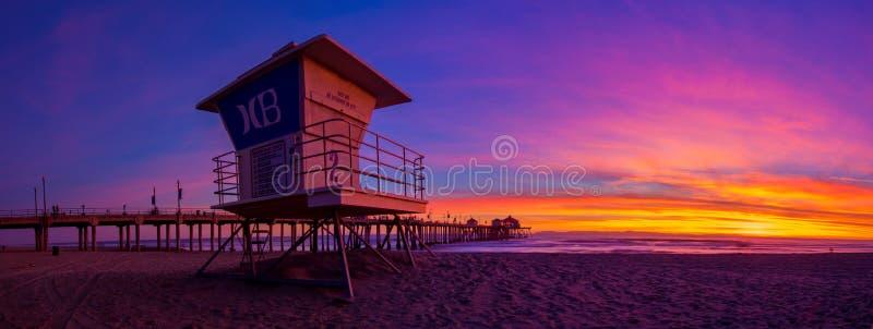 Huntington Beach no por do sol imagens de stock royalty free
