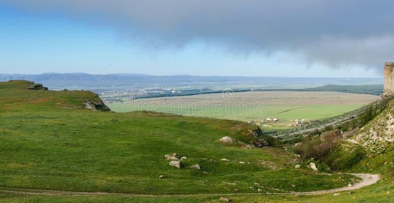 Panorama do vale do platô da pedra calcária foto de stock