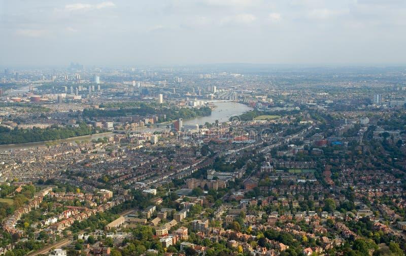 Panorama dos subúrbios de Londres fotos de stock royalty free