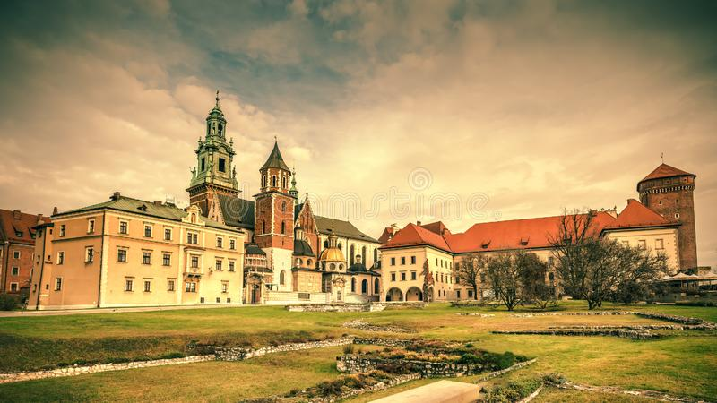 Panorama du château de Wawel, Cracovie, Pologne photo libre de droits
