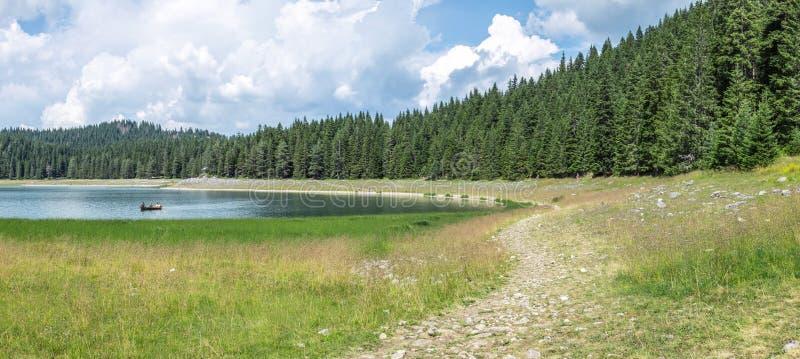 Panorama du jezero noir de Crno de lac en parc national de Durmitor, Monténégro photos stock