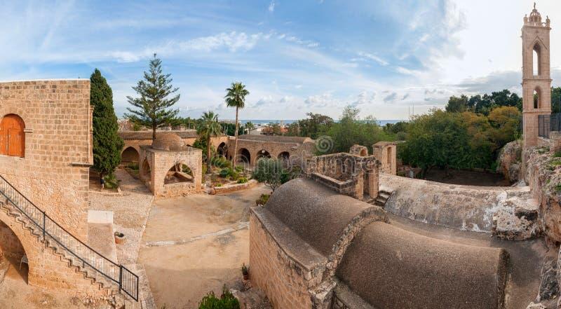 Panorama du monastère d'Ayia Napa photographie stock libre de droits