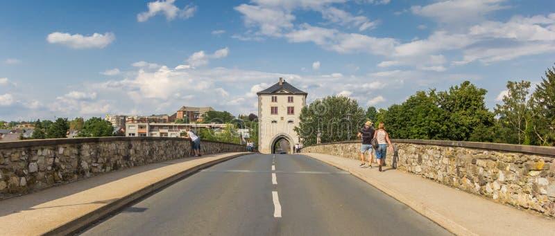 Panorama du pont en pierre historique dans Limbourg un der Lahn images libres de droits