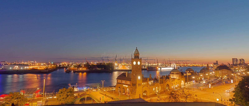 Panorama du port de Hambourg photographie stock