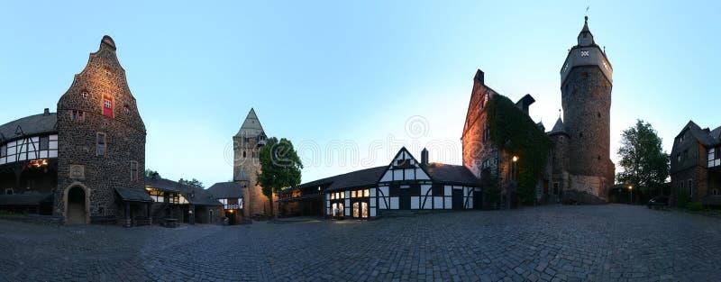 Panorama du yard 360 de château photo libre de droits