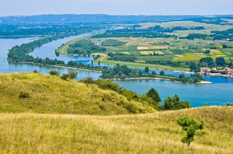 Panorama e paesaggio vicino al Danubio immagine stock