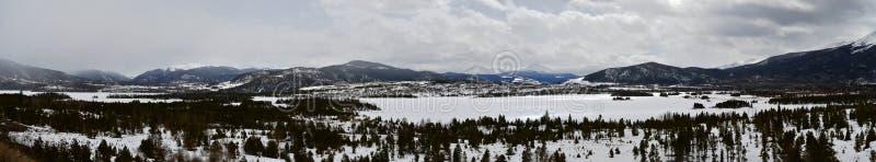 Panorama eines mountainscape in Colorado lizenzfreie stockfotos