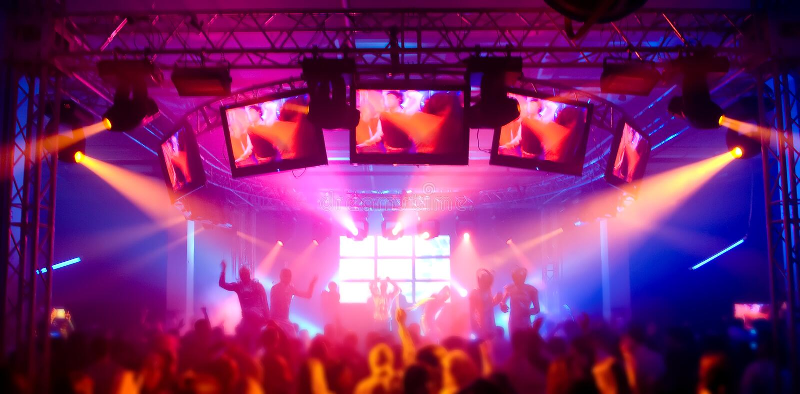 Panorama eines Musikfestivals lizenzfreie stockfotos