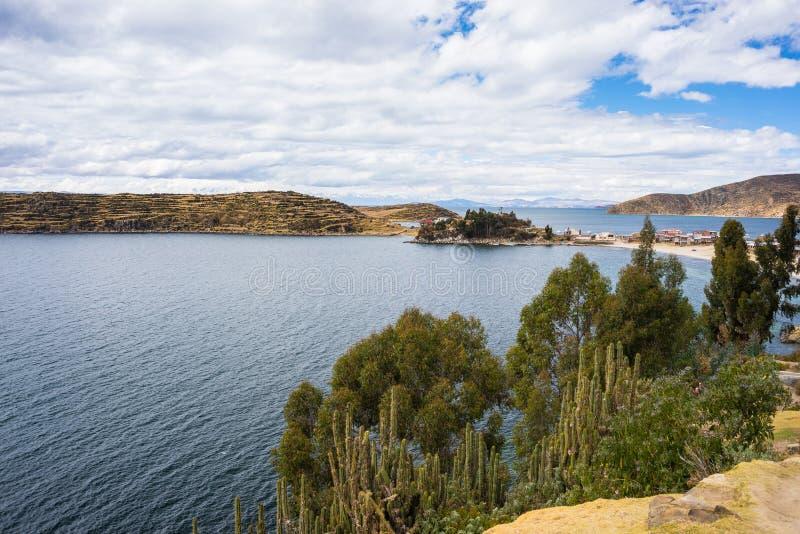 Panorama en la isla del Sun, lago Titicaca, Bolivia fotografía de archivo
