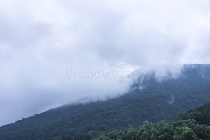 Panorama en las montañas en la estación de los duxes fotografía de archivo