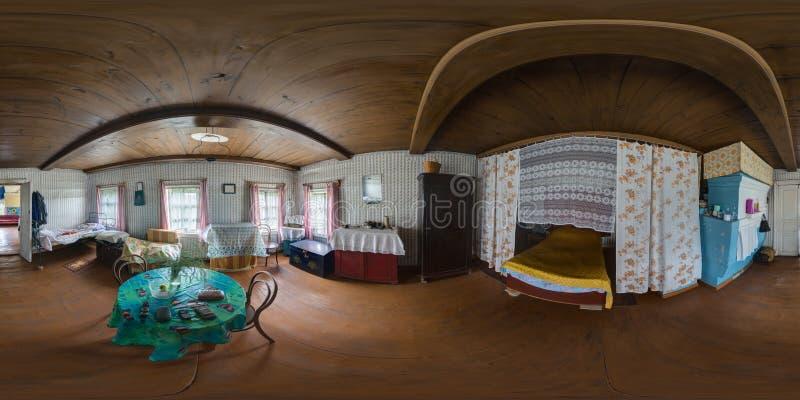 Panorama esférico interior 1 de la casa de madera vieja fotos de archivo