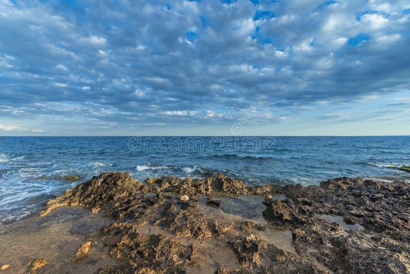 Panorama fantástico da costa fotos de stock royalty free