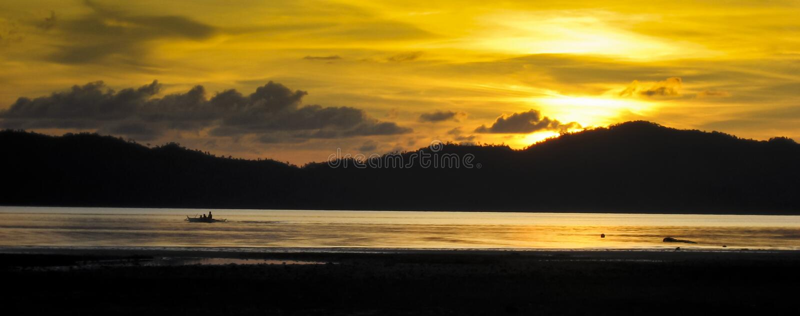Panorama Filipinas palawan do banka do por do sol foto de stock