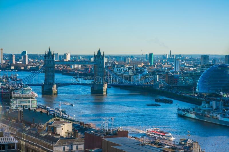 Download Panorama- Flyg- Sikt Av London Redaktionell Arkivbild - Bild av downtown, stad: 106838107
