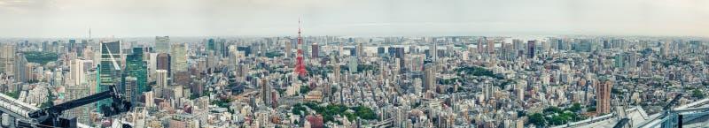 Panorama- flyg- sikt för fantastisk solnedgång av Tokyo horisont fotografering för bildbyråer
