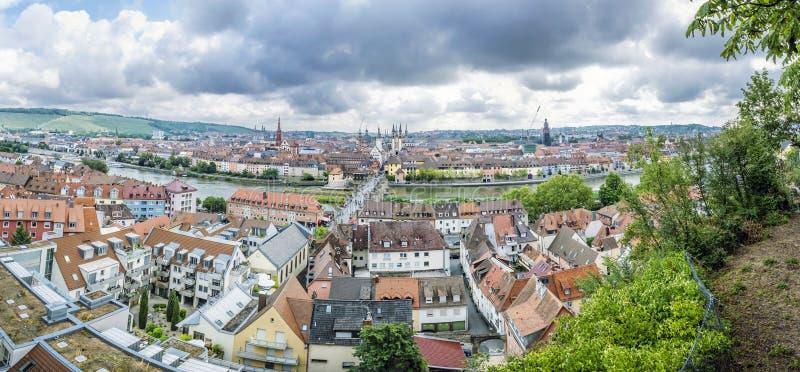 Panorama- foto av den Wurzburg staden, Bayern, Tyskland arkivfoton