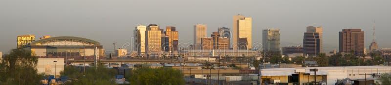 Panorama- foto av Phoenix Arizona på soluppgången arkivbild