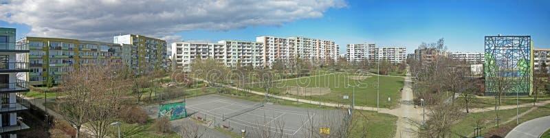 Panorama Gdański Zaspa okręg z blokiem mieszkalnym zdjęcia stock