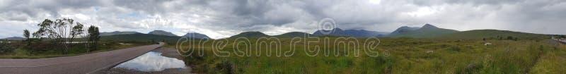 Panorama Glenn Mountain Lake arkivbilder