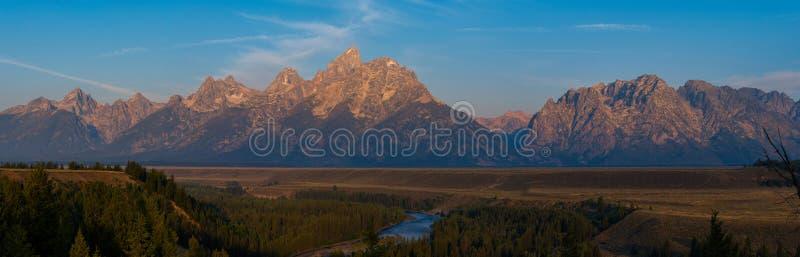Panorama grande da cordilheira de Teton fotos de stock royalty free