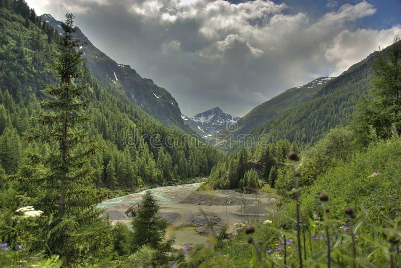 Panorama grande della montagna - Italia fotografia stock